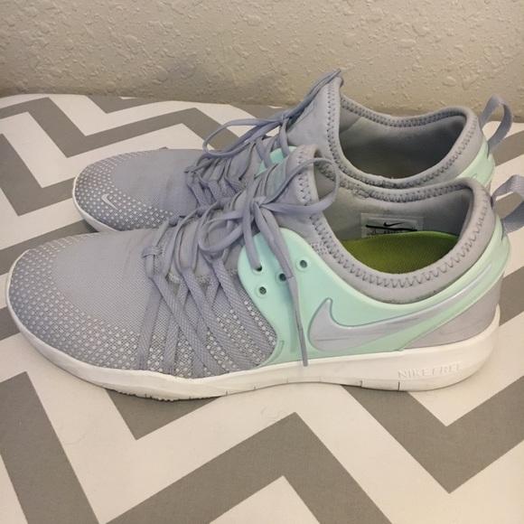 2d4407667c046 Nike Free TR7 womens training shoe size 11. M 5a4ebf5ecaab44d94100dc59